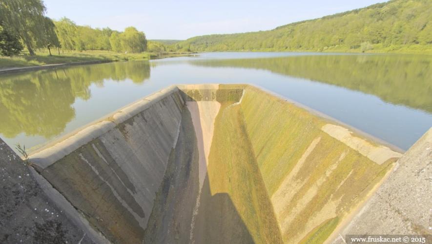 Lakes - Bruje Lake
